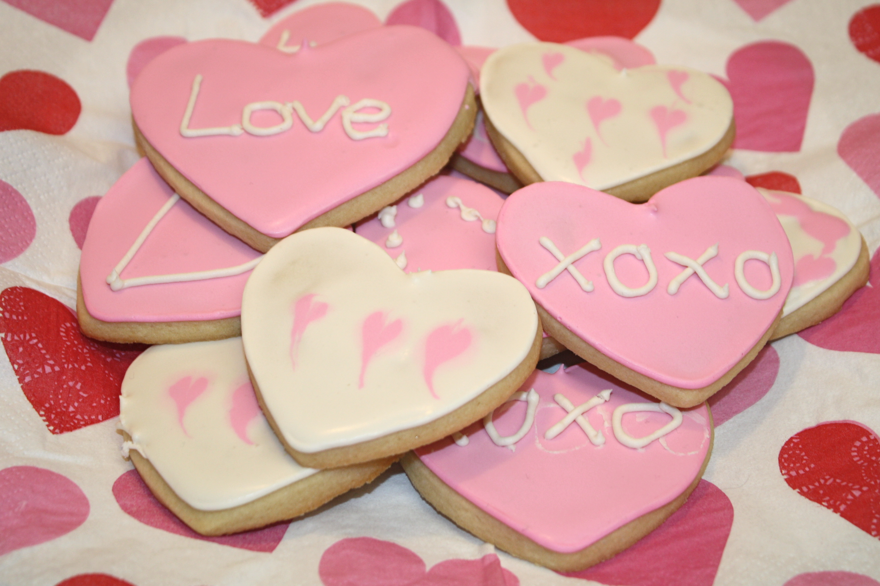 Valentine\'s Day Hearts (Soft Sugar Cookie Tutorial) – The Quotable ...